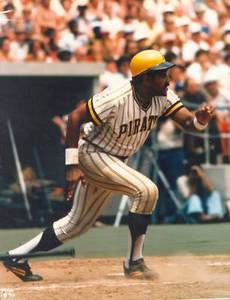Willie Stargell Pirates Photo