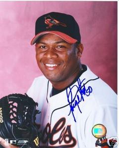 Baltimore Orioles JORGE JULIO Auto photo w/ COA Brewers
