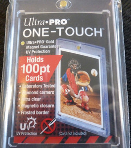 Ultra Pro 100 Pt UV One-Touch Magnetic Card Holder