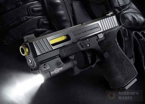 SUREFIRE Ultra-Compact Handgun Weapon WHITE Light 200 Lumens XC1-A