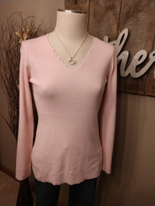 Long Sleeve Scallop V-neck Sweater (2 colors)