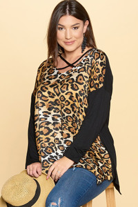 PLUS-SIZE Animal Print Tunic