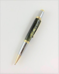 Carlyle Pen in Pearlized Green Olive