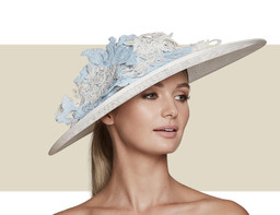 PRETTY WOMAN - Ivory with Ice Blue