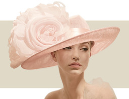 SMALL OVAL HAT WITH SATIN BAND - Pale Pink