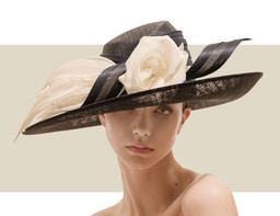 SMALL OVAL HAT WITH ORGANDIE DETAIL - Nude and Ivory