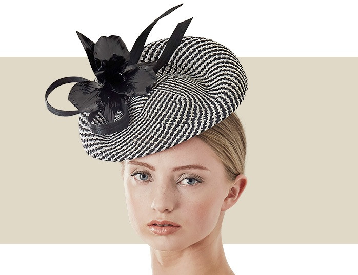 5820baa74 WOVEN DISC WITH PATENT LEATHER ORCHID - Black and White