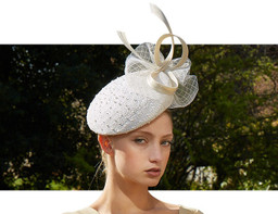 KNOTTED BERET COCKTAIL HAT - White