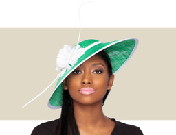 ARIANA FASCINATOR HAT - Green and White