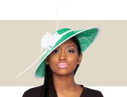 ARIANA FASCINATOR HAT - Green and White