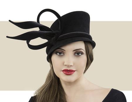 Cloche black winter hat with velvet band