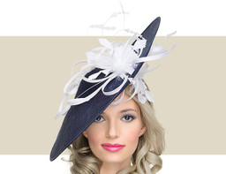 RONDA - Navy with White