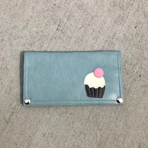 Queen Bee Maximo Cupcake Wallet - Mist Blue