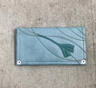 Queen Bee Maximo Ginkgo  Wallet - Mist Blue