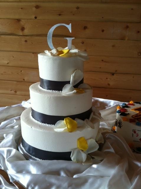 g-wedding-cake.jpg