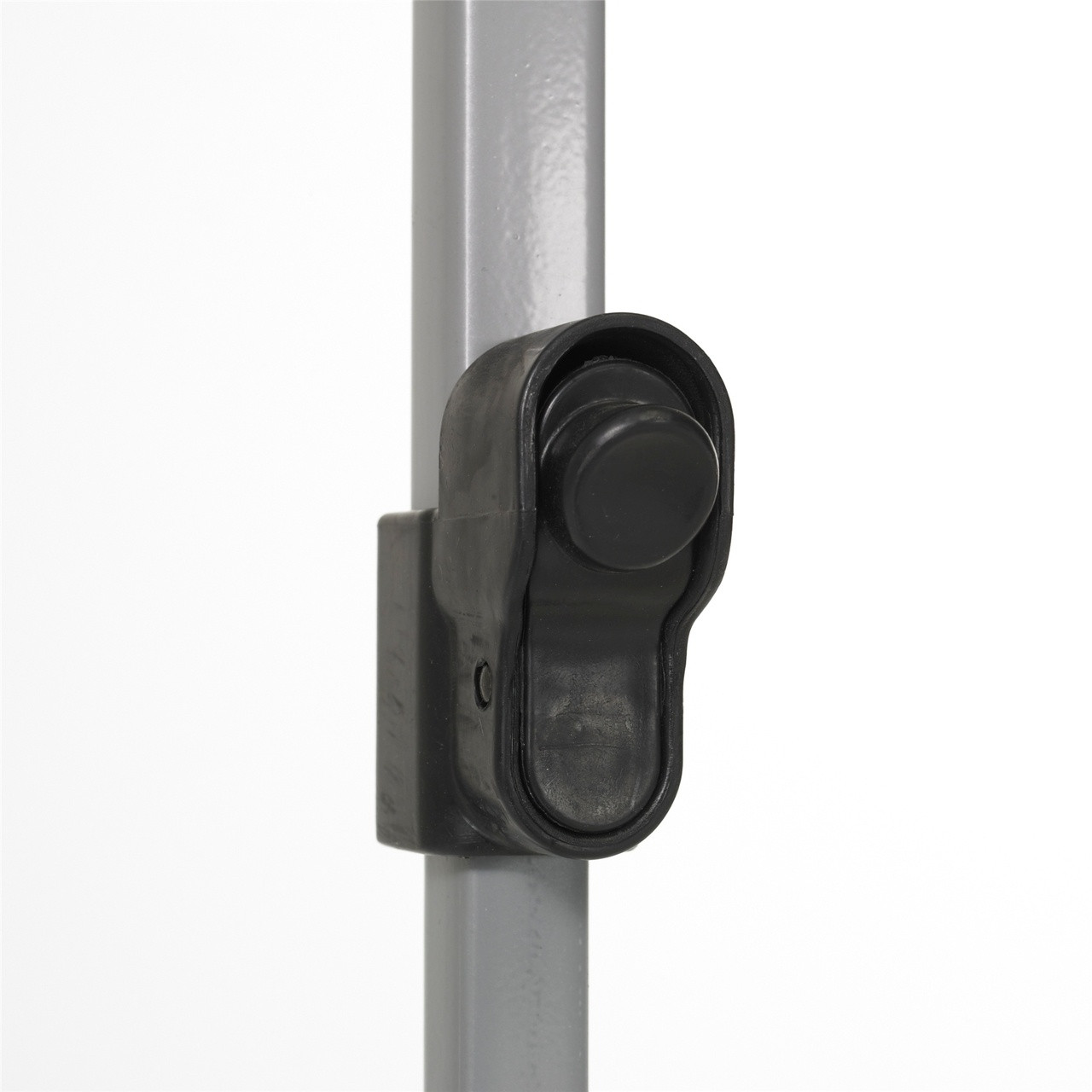 Close up view of the adjustable height latch on the Wenzel Smartshade Screen House