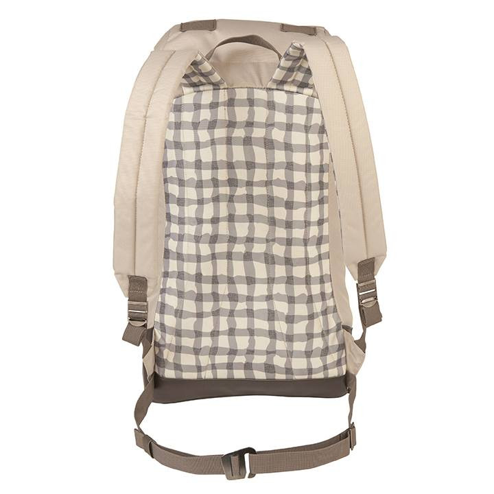 Back view of the Wenzel Boulderdasche 30 pack showing the plaid back panel and adjustable waistband