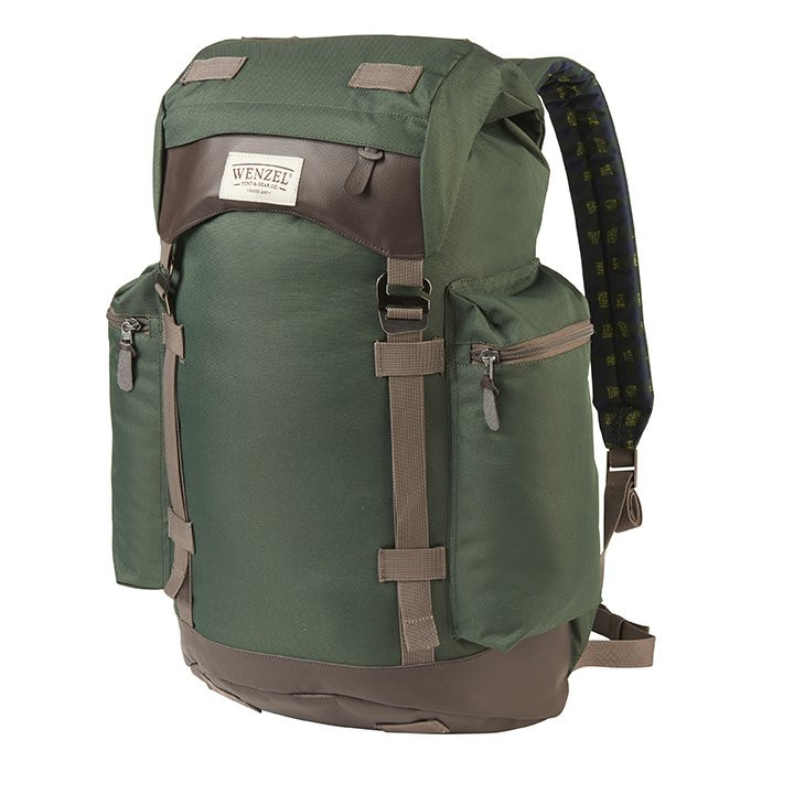 Front view of the Wenzel Boulderdasche 33, green and brown, fully closed showing zippered side pockets and the main compartment closure straps