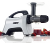 Enjoy phytonutrient rich fruit berry juicing with your NC1000HDS.