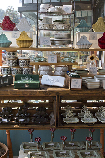 9-avondale-displays-soap-dishes.jpg