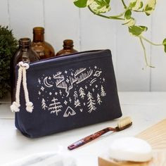 Stay Wild Cosmetic Bag - Small | Mama Bath + Body