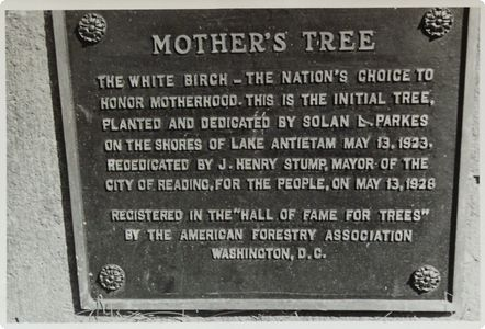 Mother's Tree Plaque