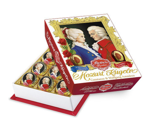 Enjoy Reber Mozart Kugeln in both variation with bittersweet and milkchocolate in one box!