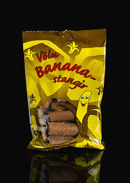 Icelandic Völu Bananastangir -  Banana Flavored Marshmallow in Chocolate - Bag of 150g - 5.2oz