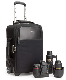 Airport Internationalƒ?› LE Classic Roller meets international and US carry-on size requirements