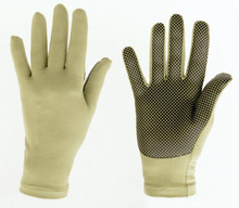 eGloves feature a unique black diamond grid pattern for complete conductivity on any touchscreen device. Pictured in Green.