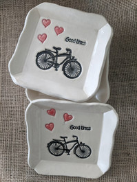 Bicycle Pottery Soap Dish (SPC-BIPOT) matches bicycle bar soap