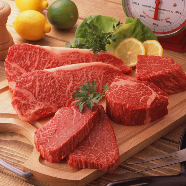 """""""Stock your freezer with our Beef Lover's package – all in 80% lean Certified Angus Beef:  2 8oz Ribeye Steaks 2 8oz New York Strip Steaks 2 8oz Chopped Sirloins 4 5.3oz Burger Patties 2 6oz Flatiron Steaks"""