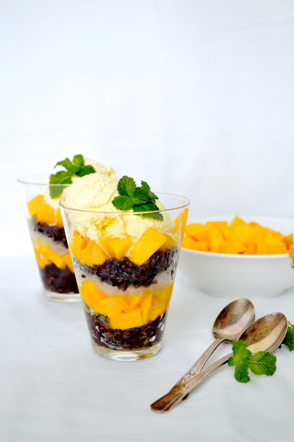 thai-black-rice-dessert-02.jpg