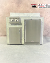 R-48RSDBBLBS RTF SNC Refrigerator, Single Door & Side Burner with Back Splash