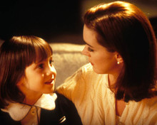 Mara Wilson & Elizabeth Perkins in Miracle on 34th Street (1994) Poster and Photo