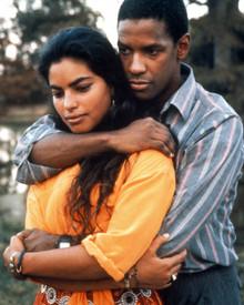 Denzel Washington & Sarita Choudhury in Mississippi Masala Poster and Photo