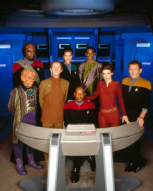 Cast of Star Trek : Deep Space Nine Poster and Photo
