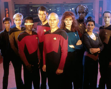 Cast of Star Trek : The Next Generation Poster and Photo
