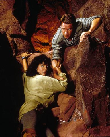 Arnold Schwarzenegger & Rachel Ticotin in Total Recall Poster and Photo