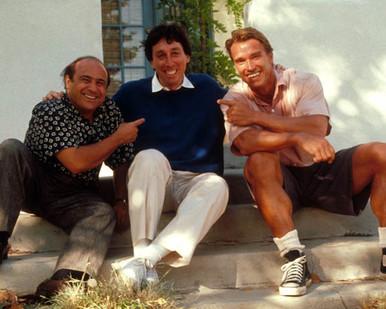 Arnold Schwarzenegger & Danny DeVito in Twins Poster and Photo