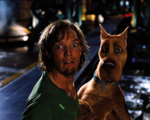 Matthew Lillard & Scooby-Doo in Scooby-Doo (2002) Poster and Photo