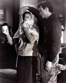 Laurence Harvey & Shirley MacLaine in Two Loves aka Spinster Poster and Photo