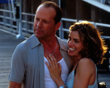 Natasha Henstridge & Bruce Willis in The Whole Nine Yards Poster and Photo