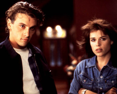 Skeet Ulrich & Neve Campbell in Scream Poster and Photo