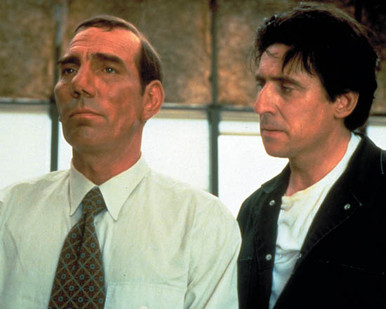 Pete Postlethwaite & Gabriel Byrne in The Usual Suspects Poster and Photo