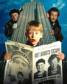 Macaulay Culkin & Joe Pesci in Home Alone Poster and Photo