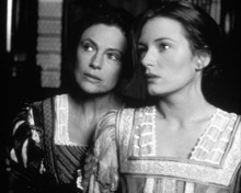 Catherine McCormack & Jacqueline Bisset in The Honest Courtesan a.k.a. Dangerous Beauty Poster and Photo