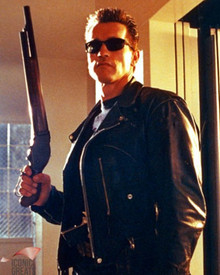 Arnold Schwarzenegger in Terminator 2 : Judgment Day Poster and Photo