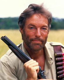 Richard Chamberlain in King Solomon's Mines (1985) Poster and Photo