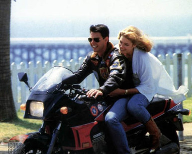 Tom Cruise & Kelly McGillis in Top Gun Poster and Photo